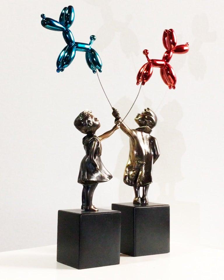 Child with balloon dog - Miguel Guía Street Art Cast bronze Sculpture 12