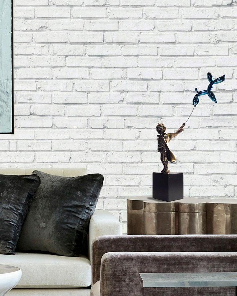 Child with balloon dog - Miguel Guía Street Art Cast bronze Sculpture 1