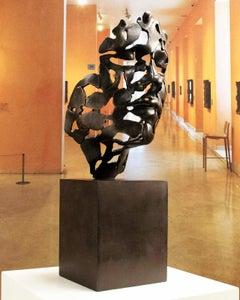 Essence de jeunesse Grand bronze coulé Miguel Guía Expressionist Sculpture