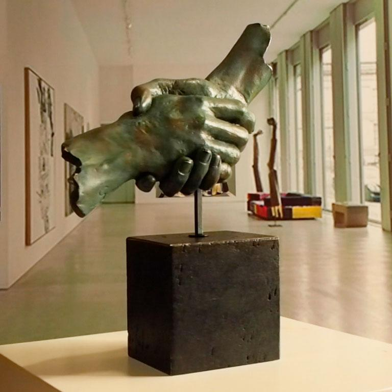 Friendship - Miguel Guía Realism Bronze layer Sculpture 8