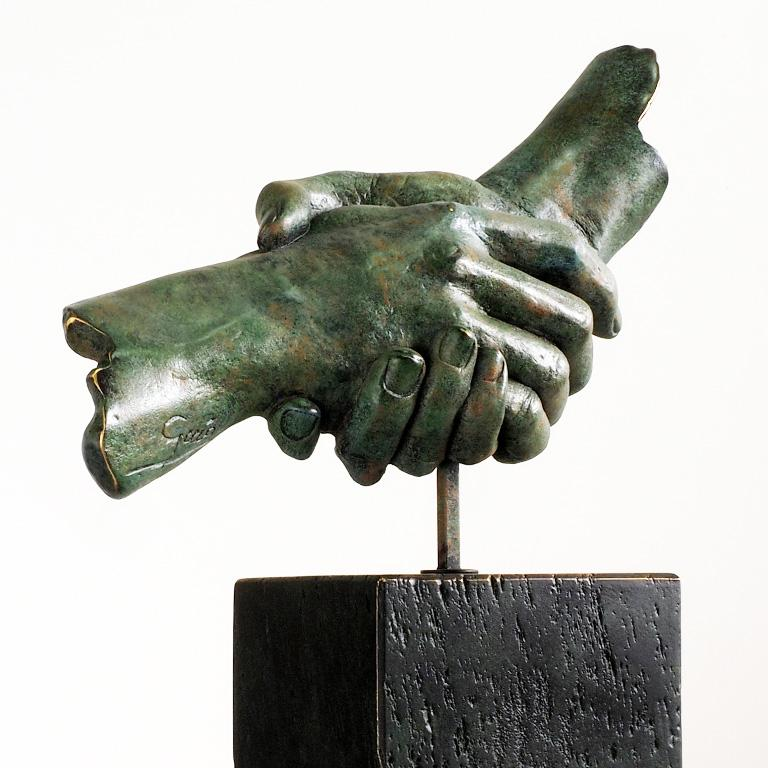Friendship - Miguel Guía Realism Bronze layer Sculpture 5