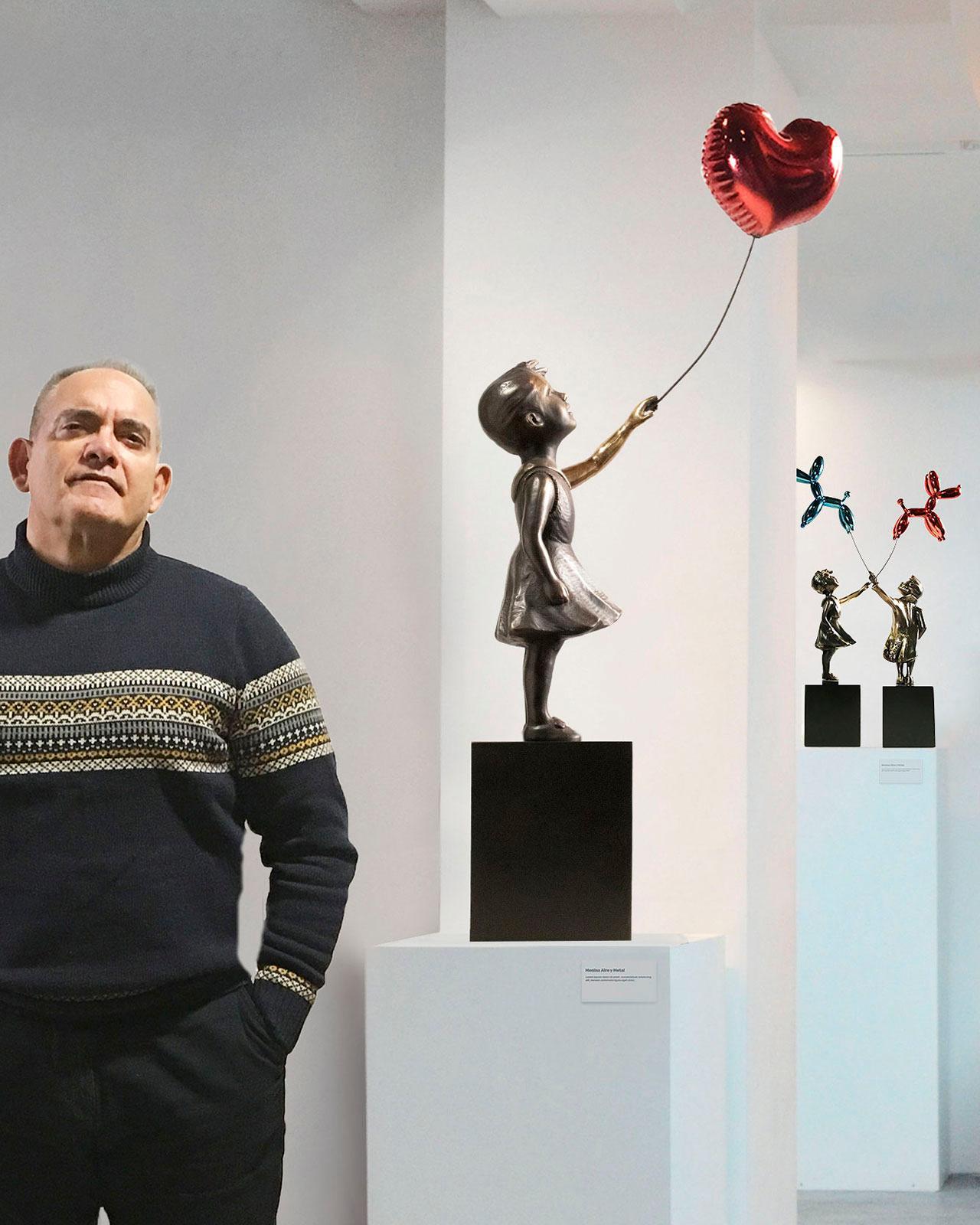 Girl with balloon 74 – Miguel Guía Street Art Cast bronze Sculpture Big