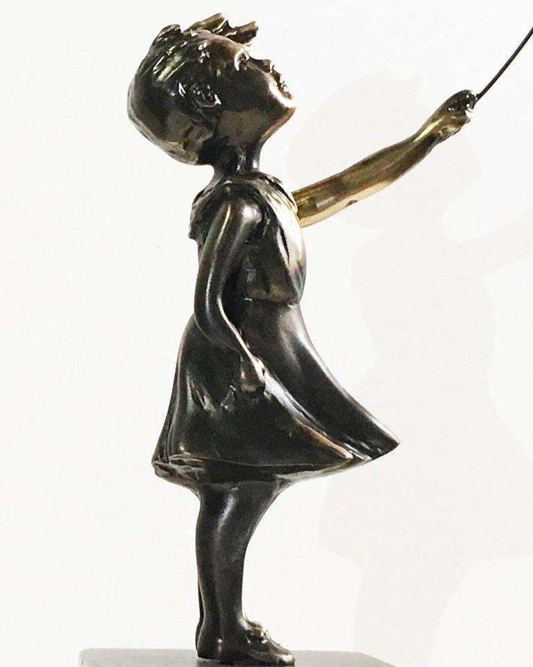 Girl with red balloon – Miguel Guía Street Art Cast bronze Sculpture Big 13