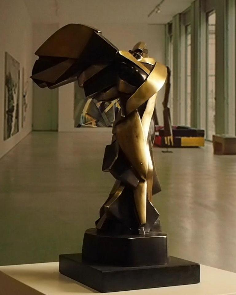 Harmony of Samothrace Big - Miguel Guía Cubist Bronze layer Sculpture For Sale 9