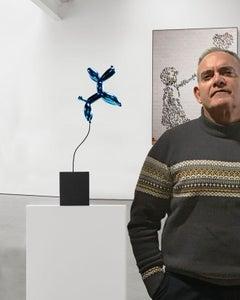 Weightless balloon dog blue 38 - Miguel Guía, Pop Art Nickel layer Sculpture