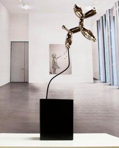 Weightless balloon dog nickel 38 - Miguel Guía, Pop Art Nickel layer Sculpture