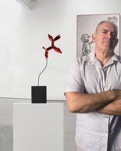Weightless balloon dog red 38 - Miguel Guía, Pop Art Nickel layer Sculpture