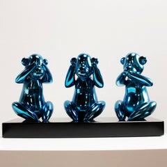 Wise monkeys blue - Miguel Guía, Pop Art Nickel layer Sculpture
