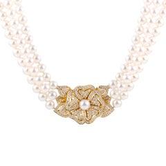 Mikimoto 18 Karat Yellow Gold Diamond Flower Pendant and Pearl Collar Necklace