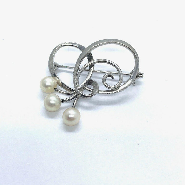 Mikimoto Brooch Pin Akoya Pearl 925 Sterling Silver For Sale 1