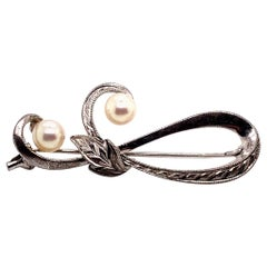 Mikimoto Pin Brooch Sterling Silver 3.12 Gr Pearls