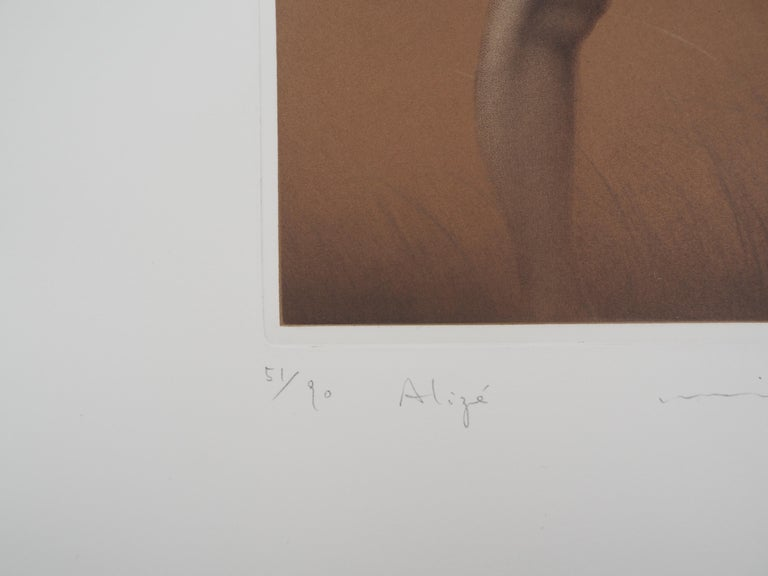 Mikio WATANABE (1954-) Female nude, 1997  Original etching Signed and dated in pencil Numbered / 90 ex On vellum 56 x 38 cm (c. 22 x 14.9 inch)  Excellent condition, slight fold in the lower right corner