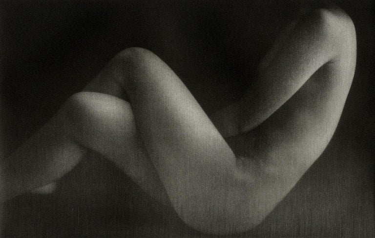 Mikio Watanabe Nude Print - Nu Assis II (Seated nude with legs crossed)
