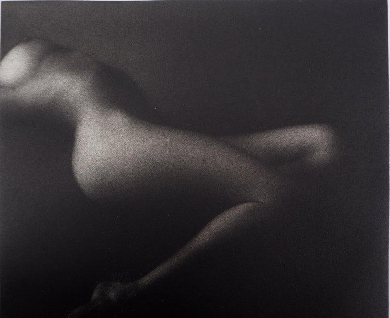 Suavity - Original handsigned etching / 90ex - Modern Print by Mikio Watanabe