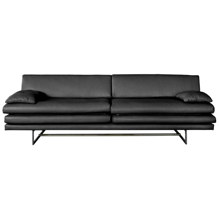 Milan Black Leather Sofa by ATRA For Sale