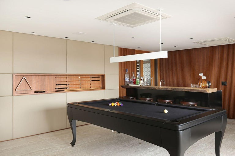 Customizable Modern Luxury Pool Table in Lacquer For Sale 4