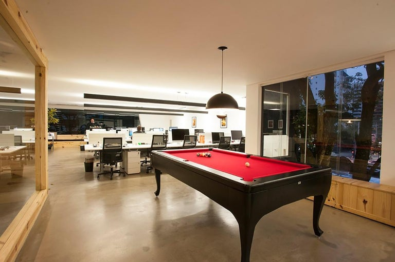 Contemporary Customizable Modern Luxury Pool Table in Lacquer For Sale