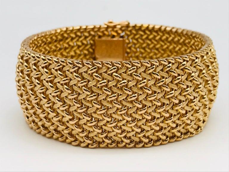 Milanese Mesh Flexible Clamper Bracelets Yellow Gold 18 K  Very Flexible Milanese Mesh Yellow Gold 18 carat/ 88.93 grams  Double Security Clasp  Length 20 cm / 7.9 Inch  Width 2.5 cm / 0.8 Inch