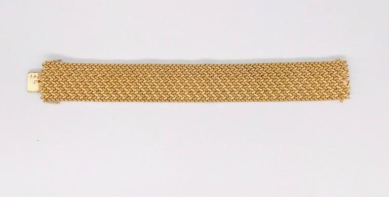 Milanese Mesh Flexible Clamper Bracelets Yellow Gold 18 Karat For Sale 2