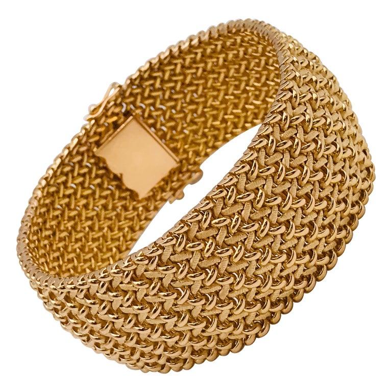 Milanese Mesh Flexible Clamper Bracelets Yellow Gold 18 Karat For Sale