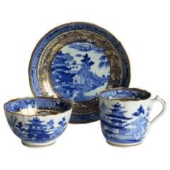 Miles Mason Porcelain Trio Blue and White Broseley Gilded Willow Ptn 50, Ca 1808