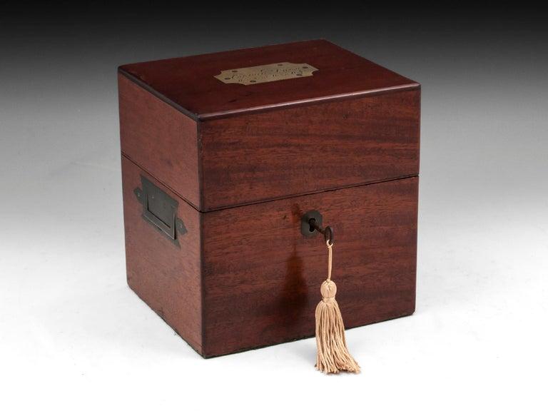Military Mahogany Decanter Box For Sale 11