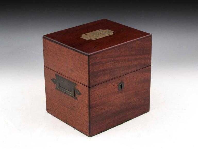 Military Mahogany Decanter Box For Sale 3