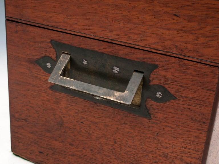 Military Mahogany Decanter Box For Sale 5