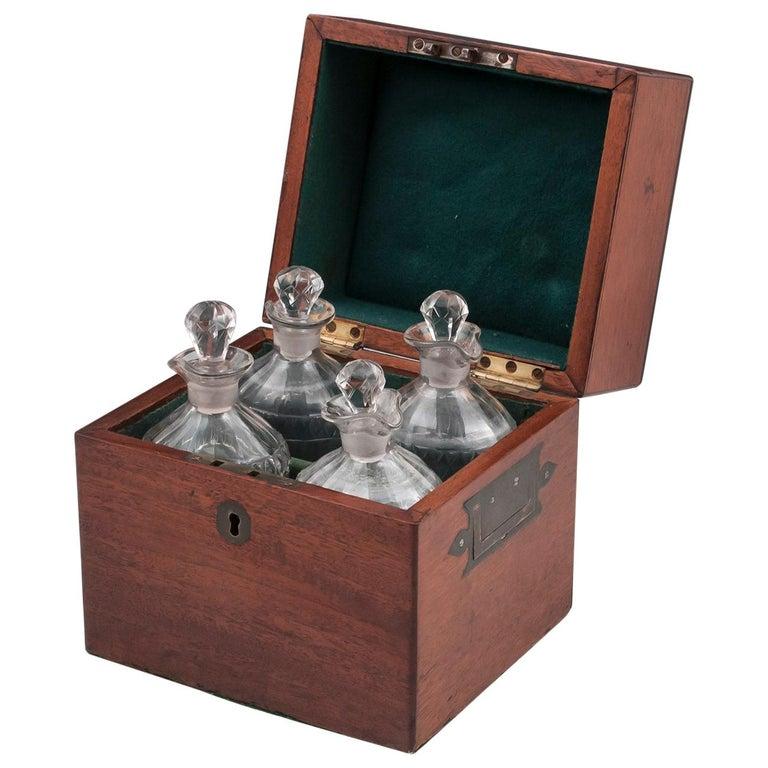 Military Mahogany Decanter Box For Sale