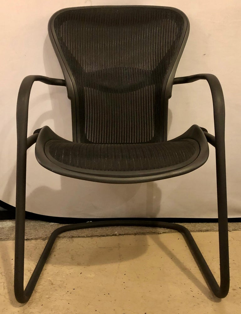 Miller Eames Model EA 435 Executive Chair Aluminum Group Black Leather Soft Pad In Good Condition In Stamford, CT