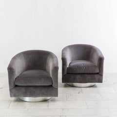 Milo Baughman, Pair of Grey Velvet Swivel Chairs, USA, 1970s