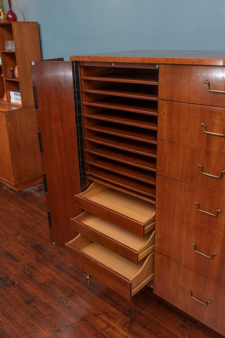 Mid-Century Modern Milo Baughman Tall Cabinet from his Directional Line For Sale