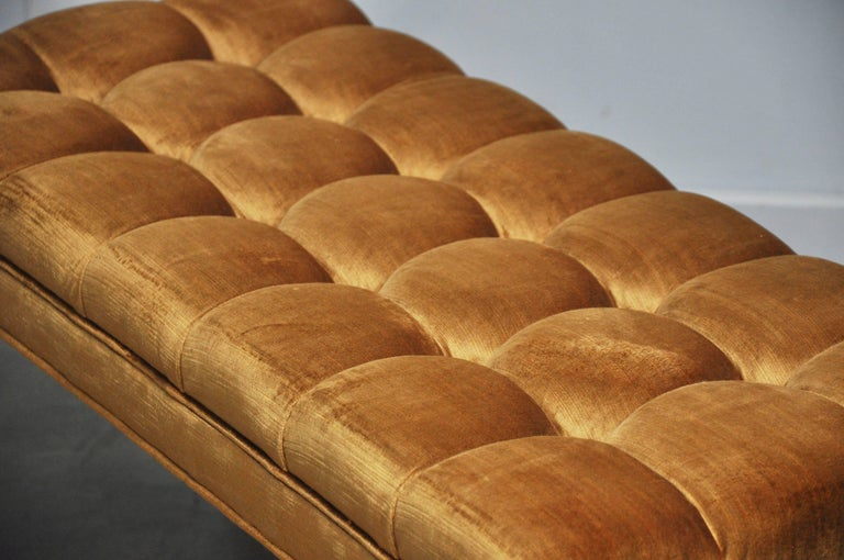 Milo Baughman Biscuit Tufted Bench In Excellent Condition For Sale In Chicago, IL