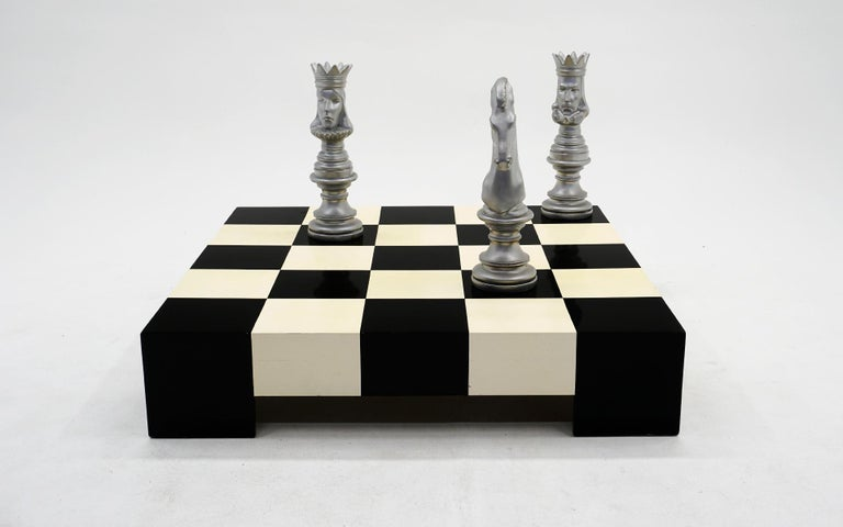 Mid-Century Modern Milo Baughman Black & White Checkerboard Coffee Table with 3 Large Chess Pieces For Sale