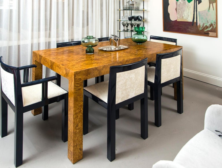 Milo Baughman Burl Wood Dining Table with Two Leaves For Sale 2