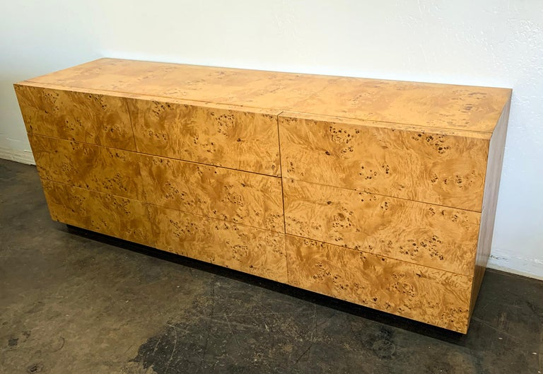 Milo Baughman Burl Wood Dresser or Credenza In Good Condition For Sale In Las Vegas, NV
