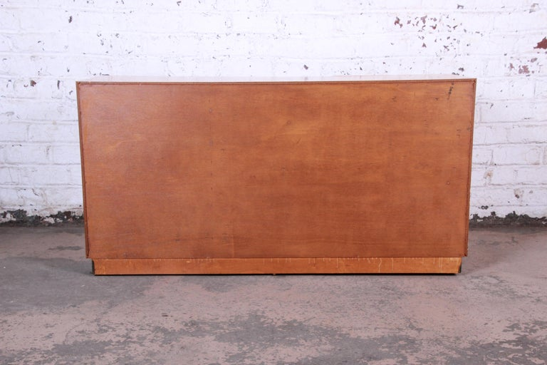 Milo Baughman Burled Olive Wood Sideboard Credenza, Newly Refinished For Sale 4