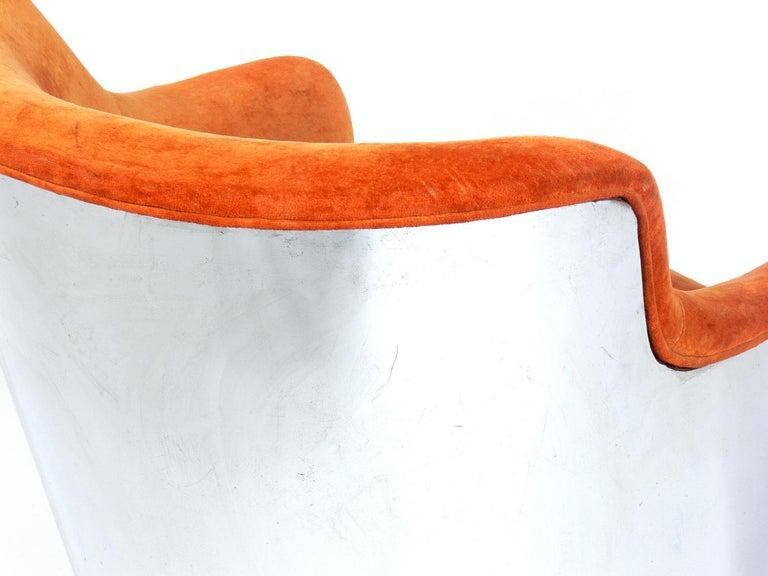 Milo Baughman Chrome Swivel Chair For Sale 1