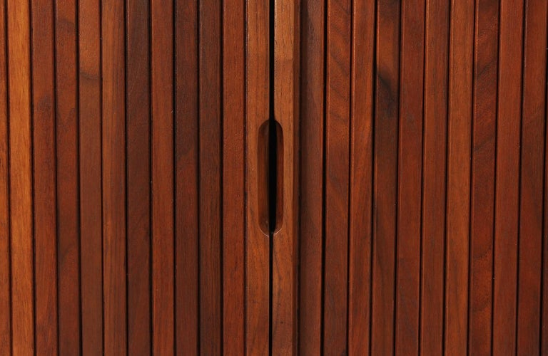 Milo Baughman Double Tambour-Door Credenza for Glenn of California For Sale 1