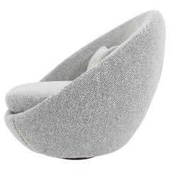 Milo Baughman Egg Swivel Chair in Black and White Nubby Upholstery