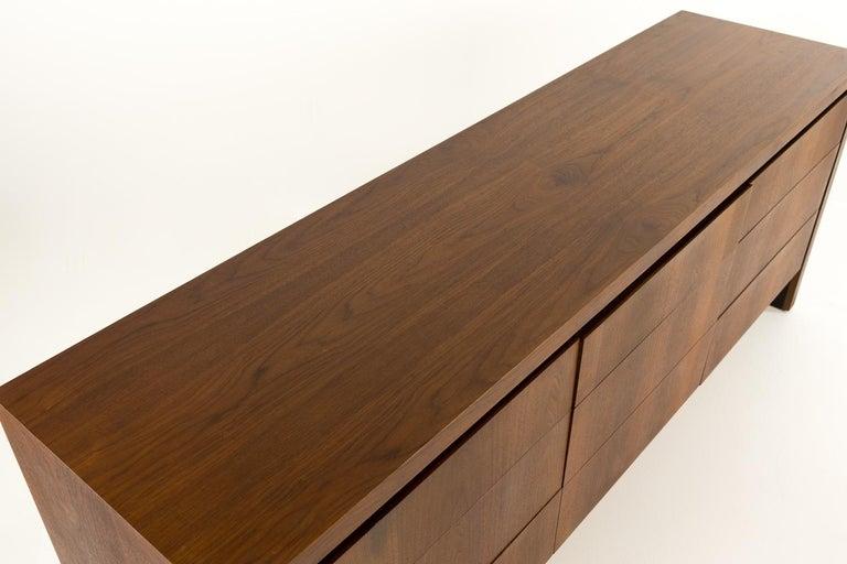 Merton Gershun for Dillingham Mid Century Walnut Lowboy Dresser For Sale 7