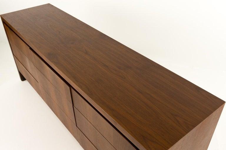 Merton Gershun for Dillingham Mid Century Walnut Lowboy Dresser For Sale 8
