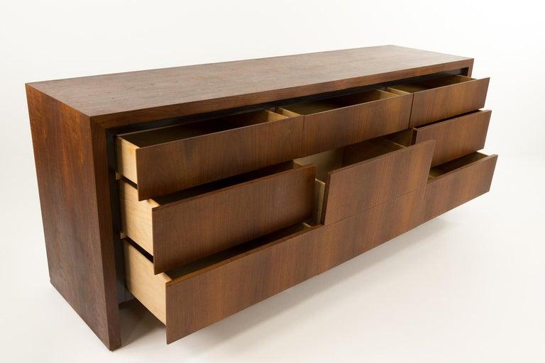 Merton Gershun for Dillingham Mid Century Walnut Lowboy Dresser For Sale 1