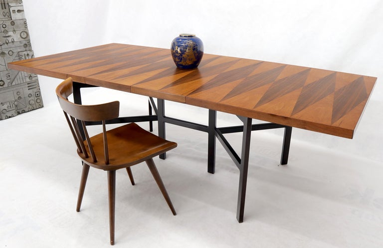 Mid-Century Modern Milo Baughman dining table with two 14