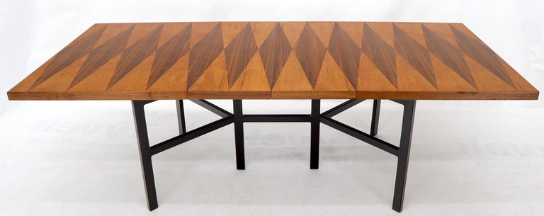 Milo Baughman for Directional Dimond Teak & Walnut Dining Table Gate Legs Base  In Excellent Condition For Sale In Rockaway, NJ