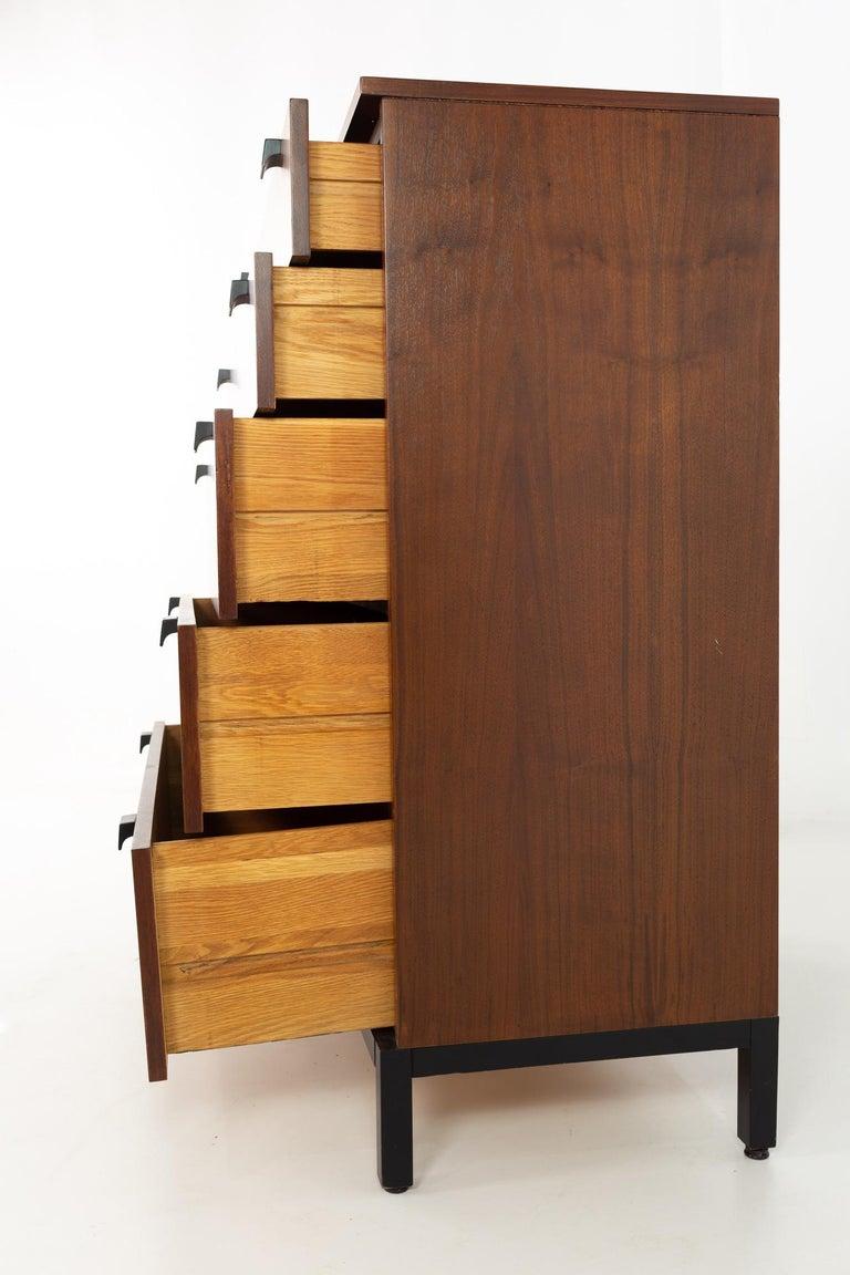 Milo Baughman for Directional Mid Century Walnut 5 Drawer Highboy Dresser For Sale 1