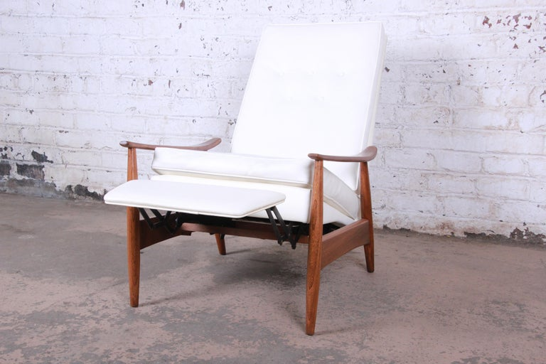 American Milo Baughman for James Inc. Reclining Lounge Chair, Newly Refinished For Sale