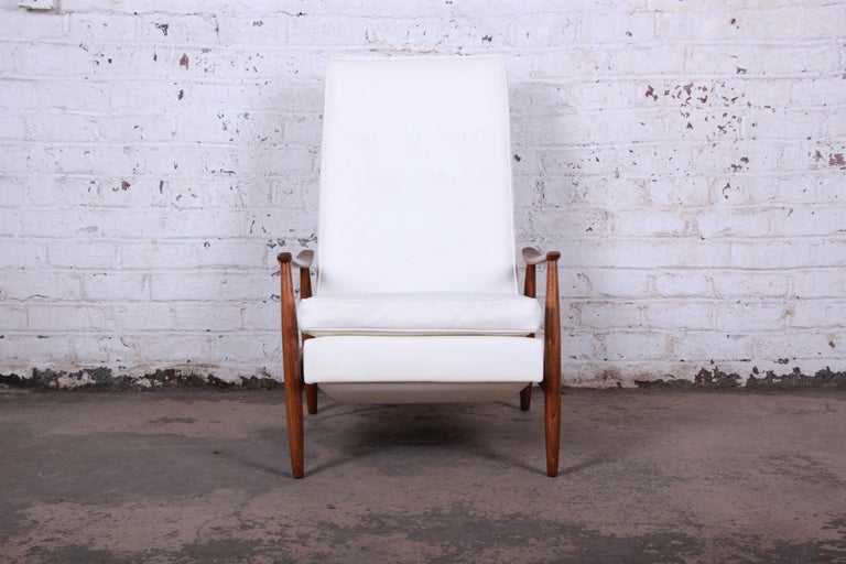 Other Milo Baughman for James Inc. Reclining Lounge Chair, Newly Refinished For Sale