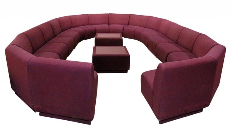 Milo Baughman for Thayer Coggin 20 Piece Modular Living Room Set In Good Condition For Sale In Oaks, PA