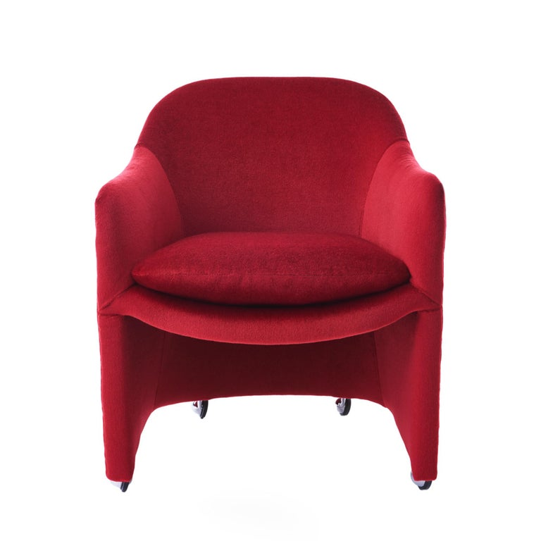 """Rare Milo Baughman for Thayer Coggin rolling barrel dining chairs. Newly reupholstered in a lush crimson mohair with smooth, scuff resistant chrome ball casters. Priced for the set of 6.   Measures: 31"""" H x 25.5"""" W x 24"""" D  Seat height 18.5""""  Arm"""